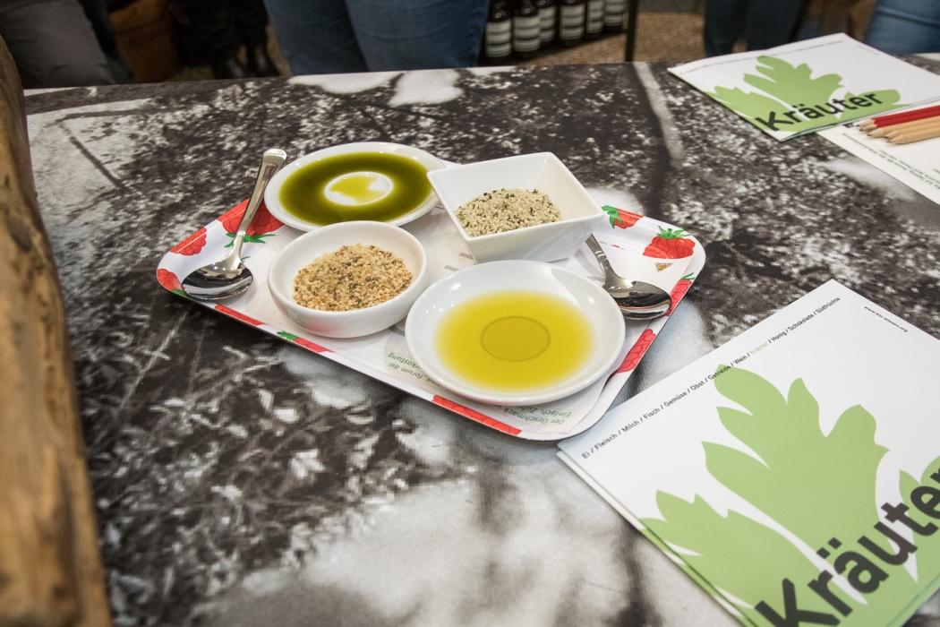 Bio-Kräuterverkostung Tasting_forum Saint Charles #biodreinull Bio 3.0 FiBL
